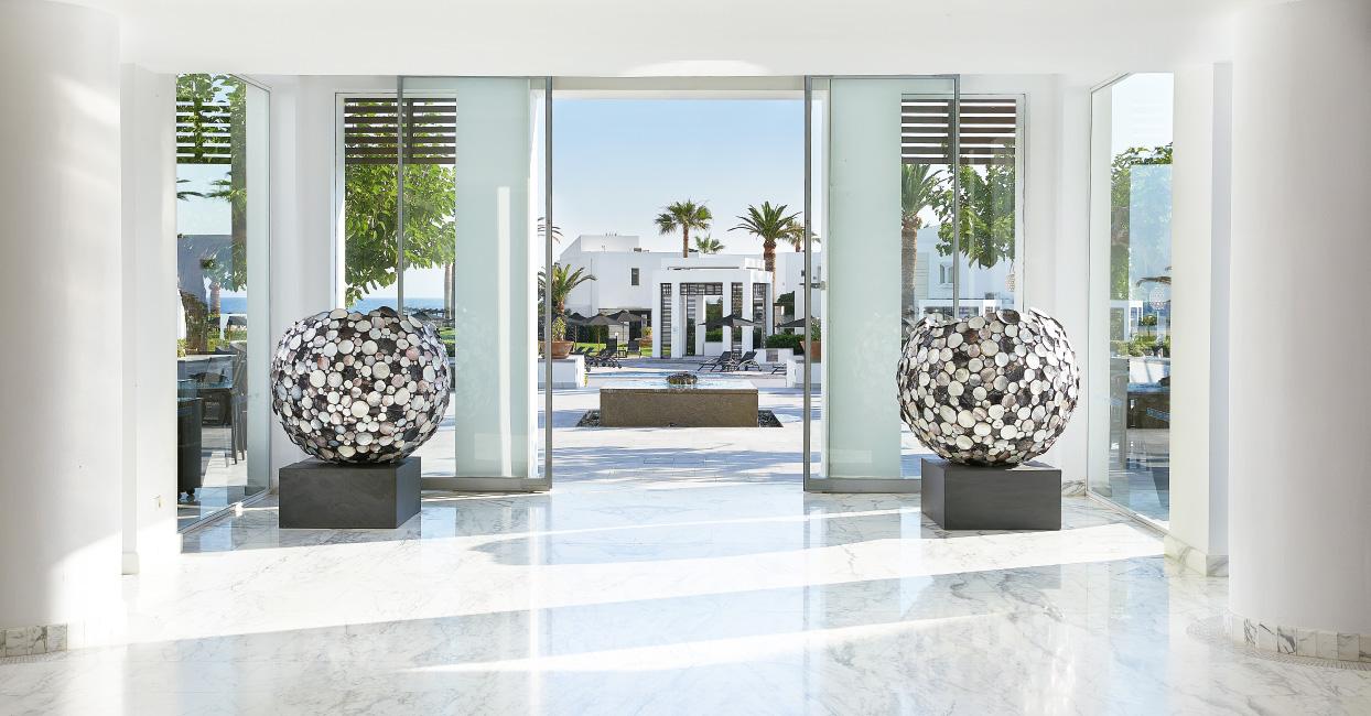 02-creta-palace-luxury-sea-view-accommodation-in-crete