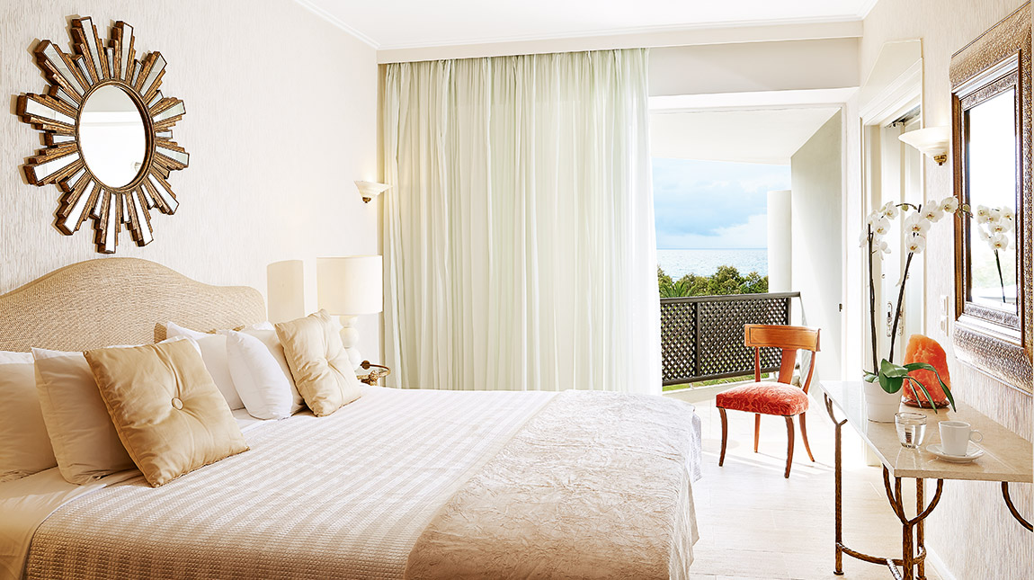 Deluxe Family Guestroom Sea View|Α special class of accommodation