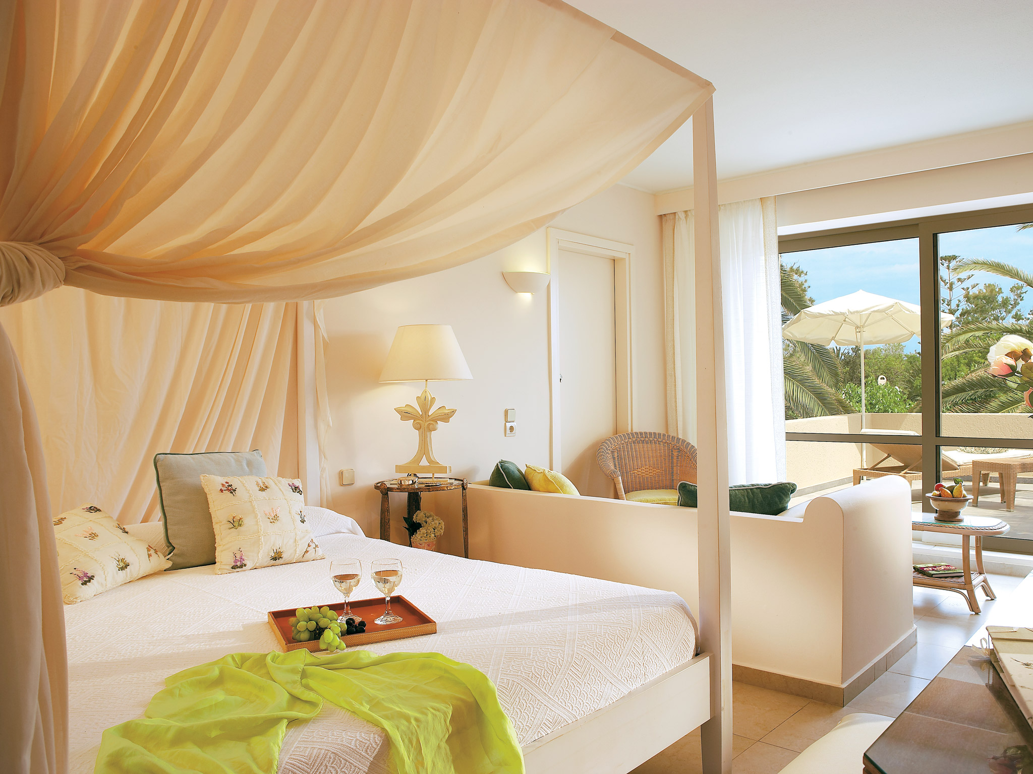 luxury guestrooms in crete creta palace