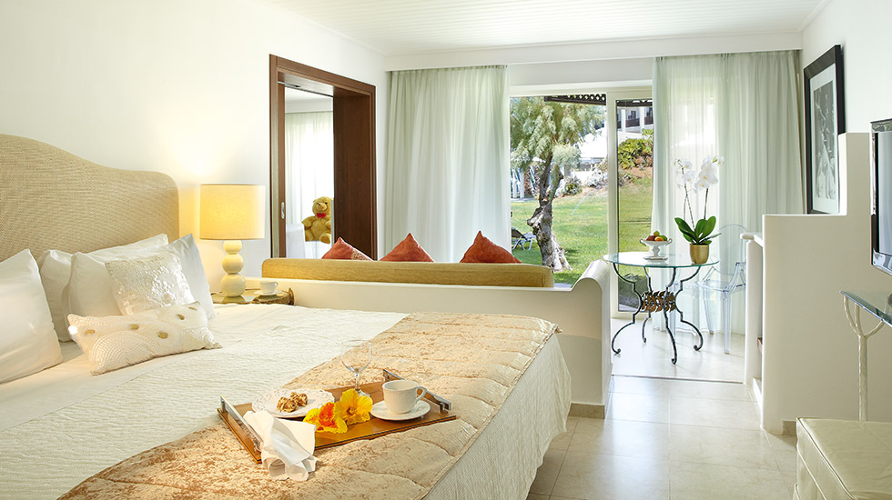 Palace Family Bungalow Suite | Master Bedroom Suite with terrace amidst the fragrant gardens