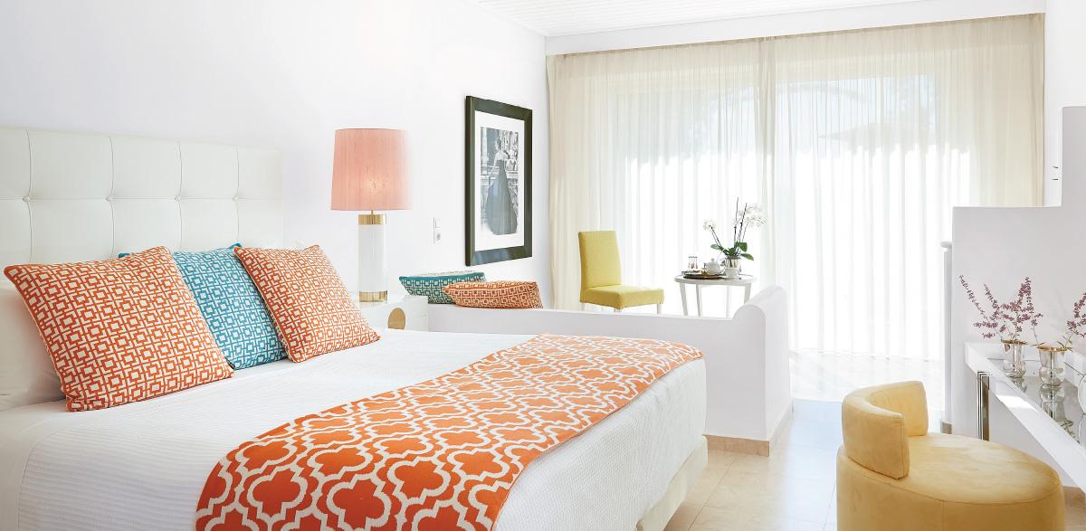 01-deluxe-family-bungalow-ground-bedroom-creta-palace-luxury-holidays