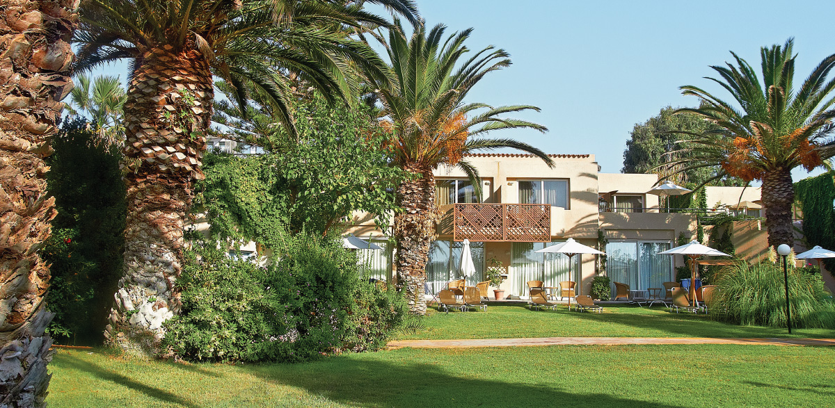 03-deluxe-family-bungalow-ground-garden-views-creta-palace-grecotel-luxury-holidays