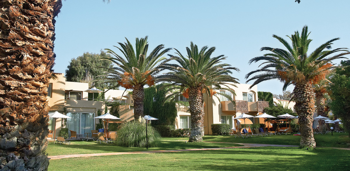 03-deluxe-family-bungalow-in-nature-creta-palace-greece