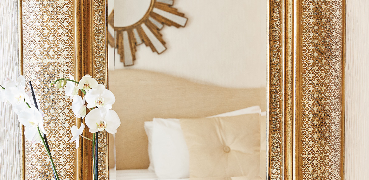 02-deluxe-family-room-luxury-details-creta-palace-resort