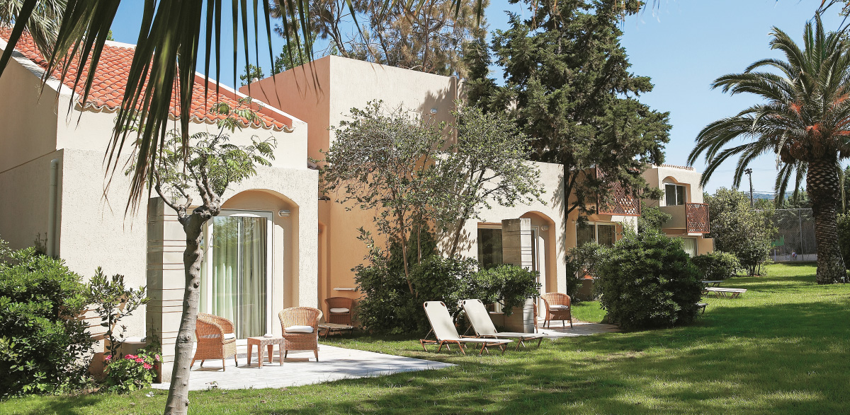 02-family-bungalow-garden-view-and-outdoors-area-creta-palace-accommodation
