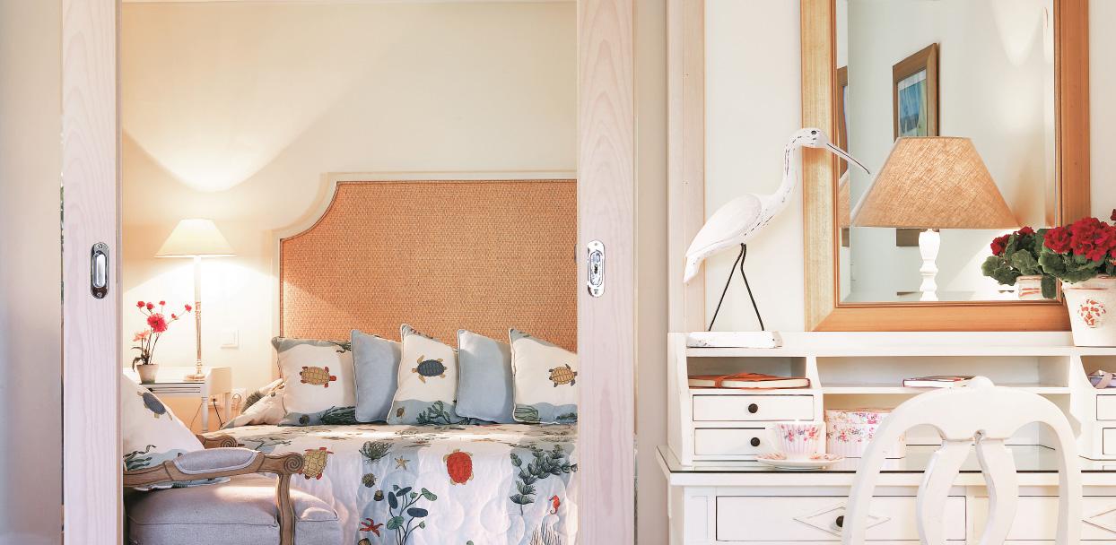 family-bungalow-garden-view-kids-bedroom-in-creta-palace-greece
