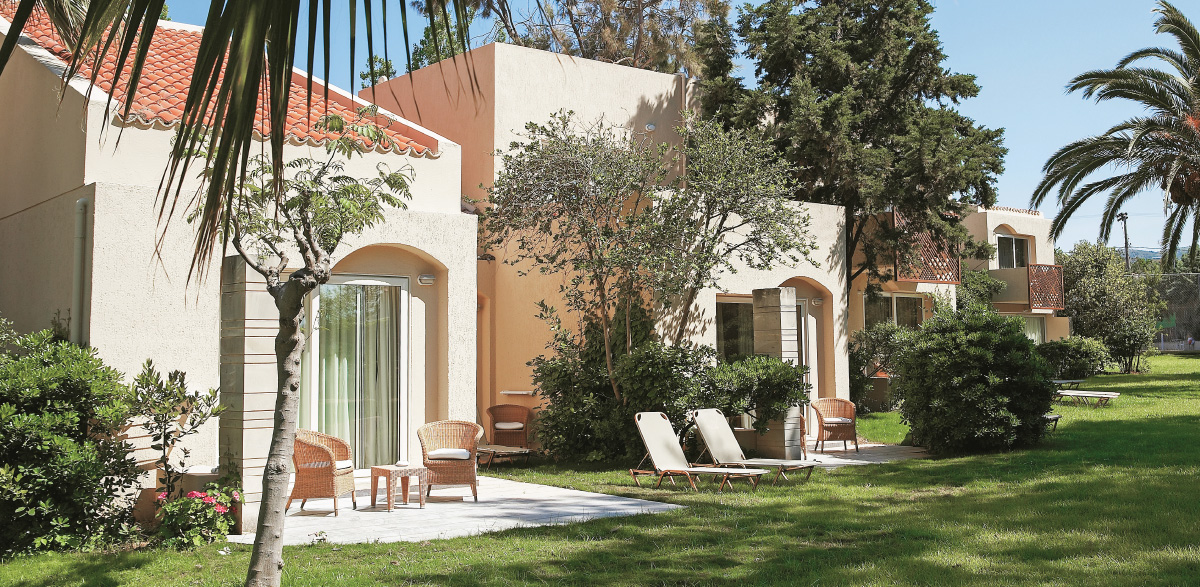 02-superior-family-bungalow-outdoors-lounge-five-star-holidays-creta-palace