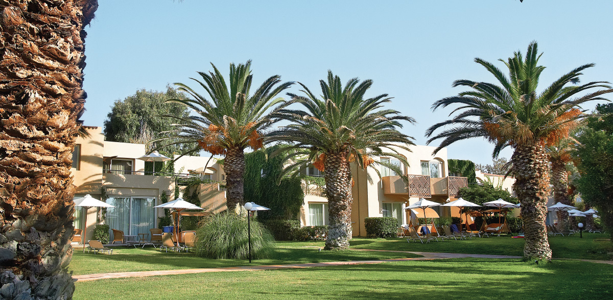 03-superior-family-bungalow-garden-creta-palace-crete-resorts