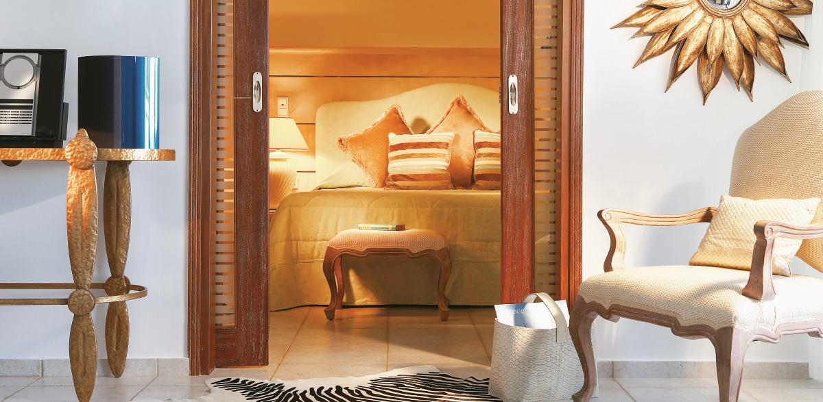 03-deluxe-one-bedroom-bungalow-suite-creta-palace-luxury-holidays-in-crete