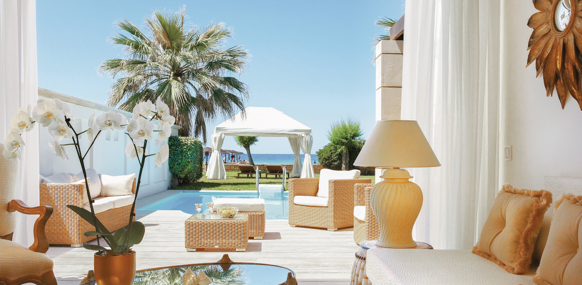 05-deluxe-one-bedroom-bungalow-suite-private-pool-lounge-area-creta-palace-vacation
