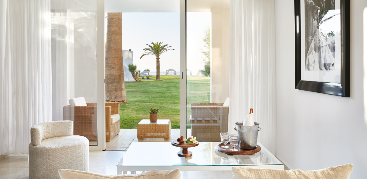 02-creta-palace-family-bungalow-suite-crete-island-holidays-in-five-star-grecotel