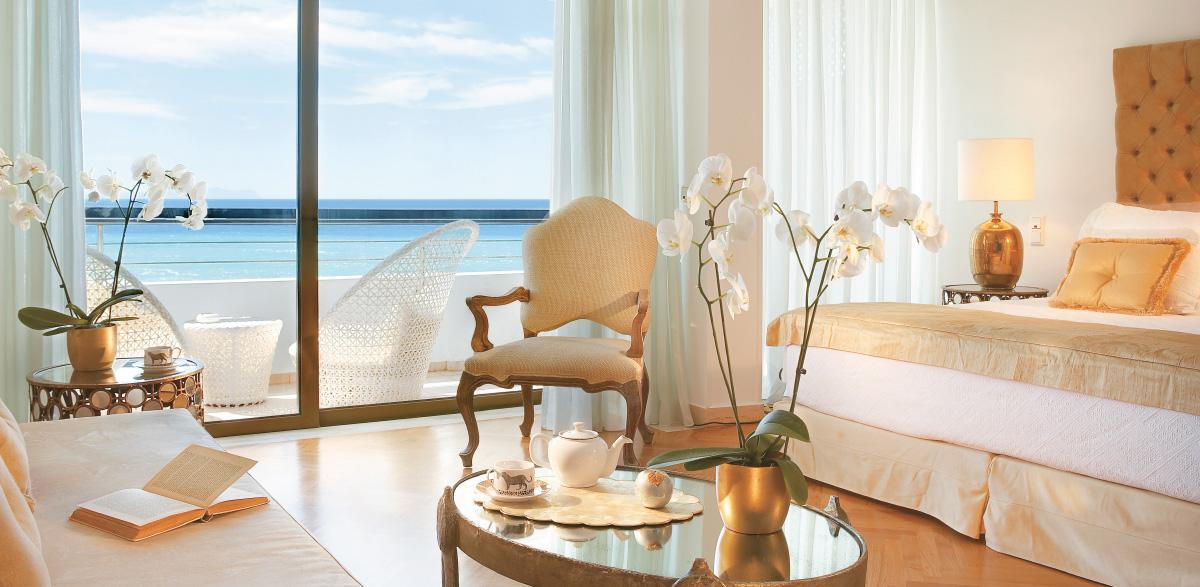 01-palace-guestroom-creta-palace-luxury-holidays-in-greece