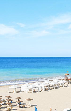 02-blue-flag-awarded-beach-of-grecotel-creta-palace-in-greece