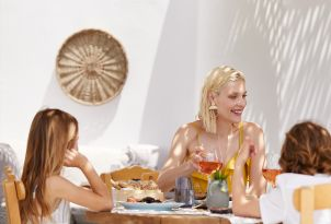 13-family gastronomy-and-meals-in-grecotel-creta-palace-in-greece
