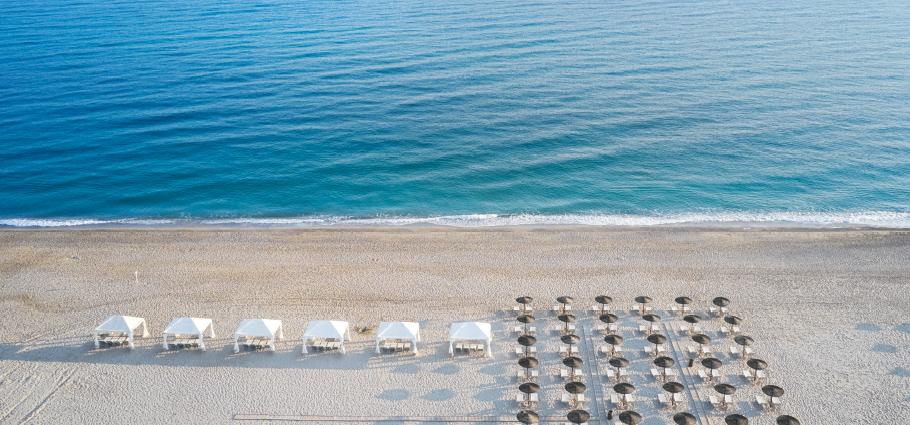 02-creta-palace-luxury-blue-flag-beach-resort-in-crete-greece