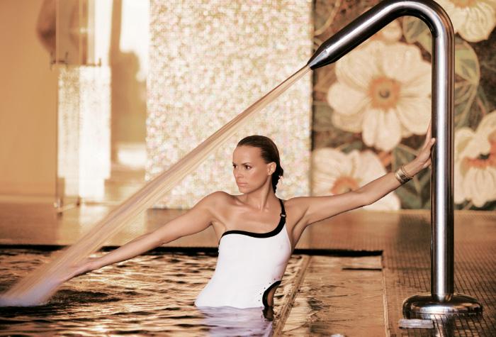03-indoor-pool-in-elixir-spa-creta-palace-greece