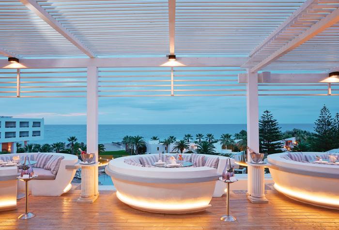 04-zeus-and-amalthia-sky-bar-restaurant-in-creta-palace-resort-greece