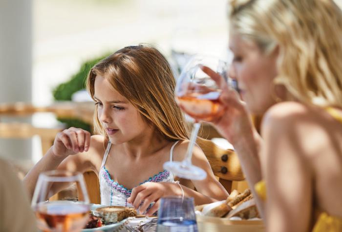 01-tasty-corner-kids-dining-creta-palace-grecotel-in-greece