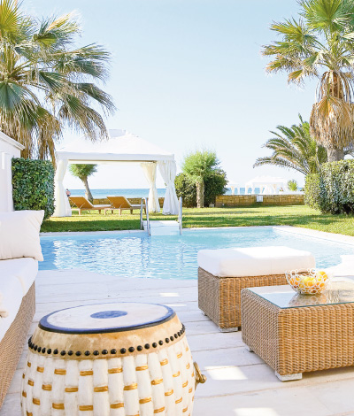 03-ultimate-villa-offer-with-luxurious-accommodation-by-the-sea-in-grecotel-creta-palace-in-greece -