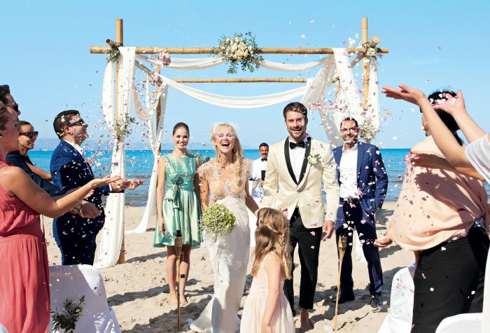wedding-ceremony-at-the-seafront-grecotel-creta-palace-greece